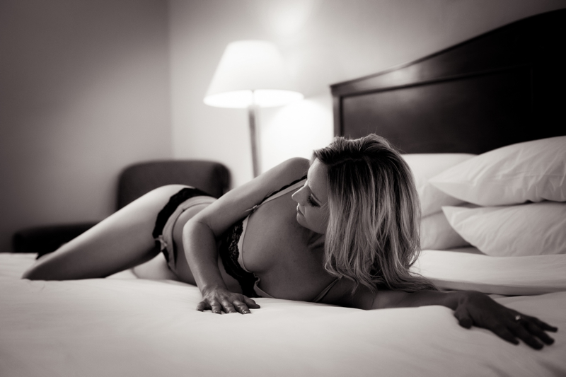 How To Become The Best Boudoir Photographer