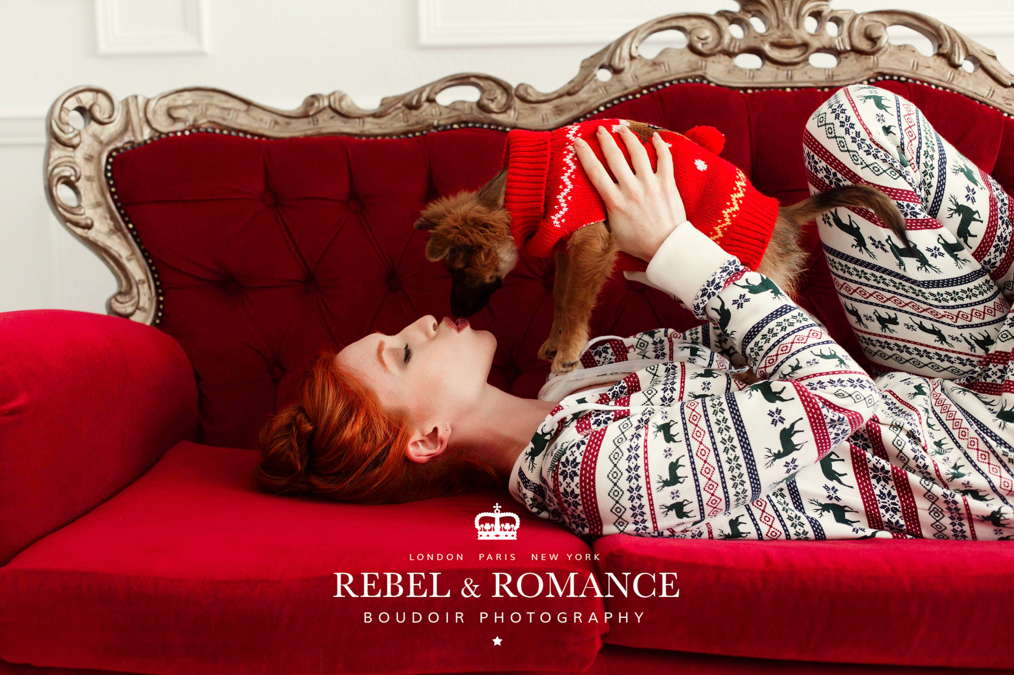 Holiday kisses:) Loved having these two in the Rebel & Romance Boudoir Studio.